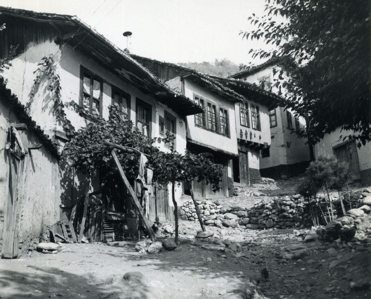 Ulica u mahali Podkaljaja u Prizrenu