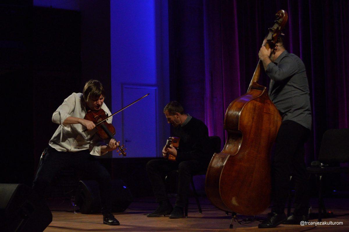 lajko felix trio na festivalu todo mundo