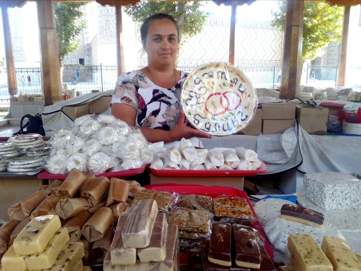 bazar u samarkandu