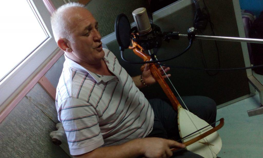"Đorđe Tanović tokom snimanja za projekat ""Gusle: The Epic Tradition of Serbia"""", 2020"